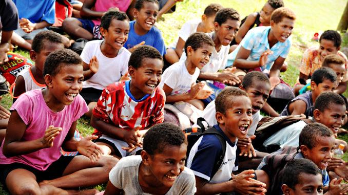 Yasawa-Fiji-benefits-kids