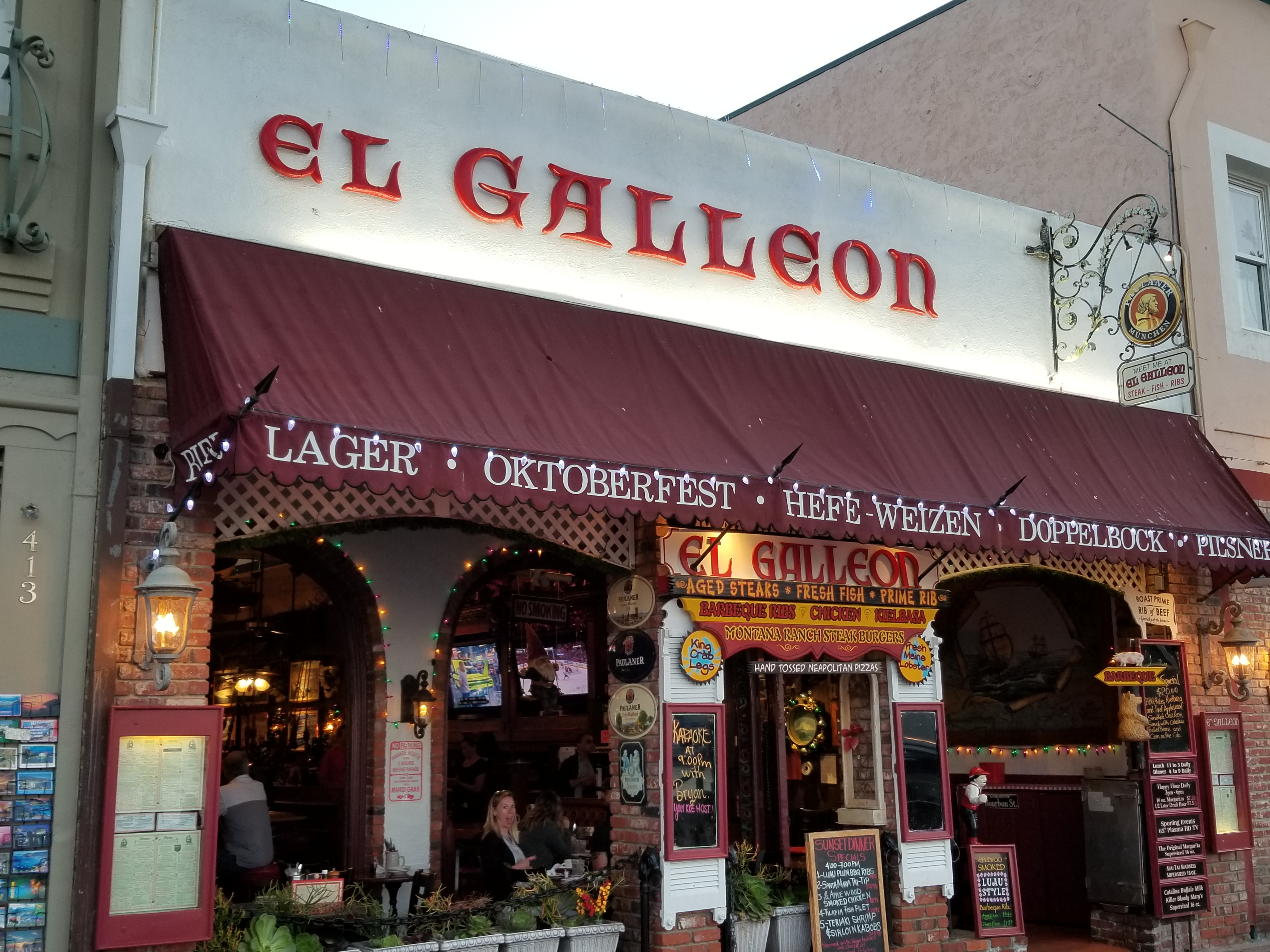 Catalina-El-Galleon-karaoke-bar