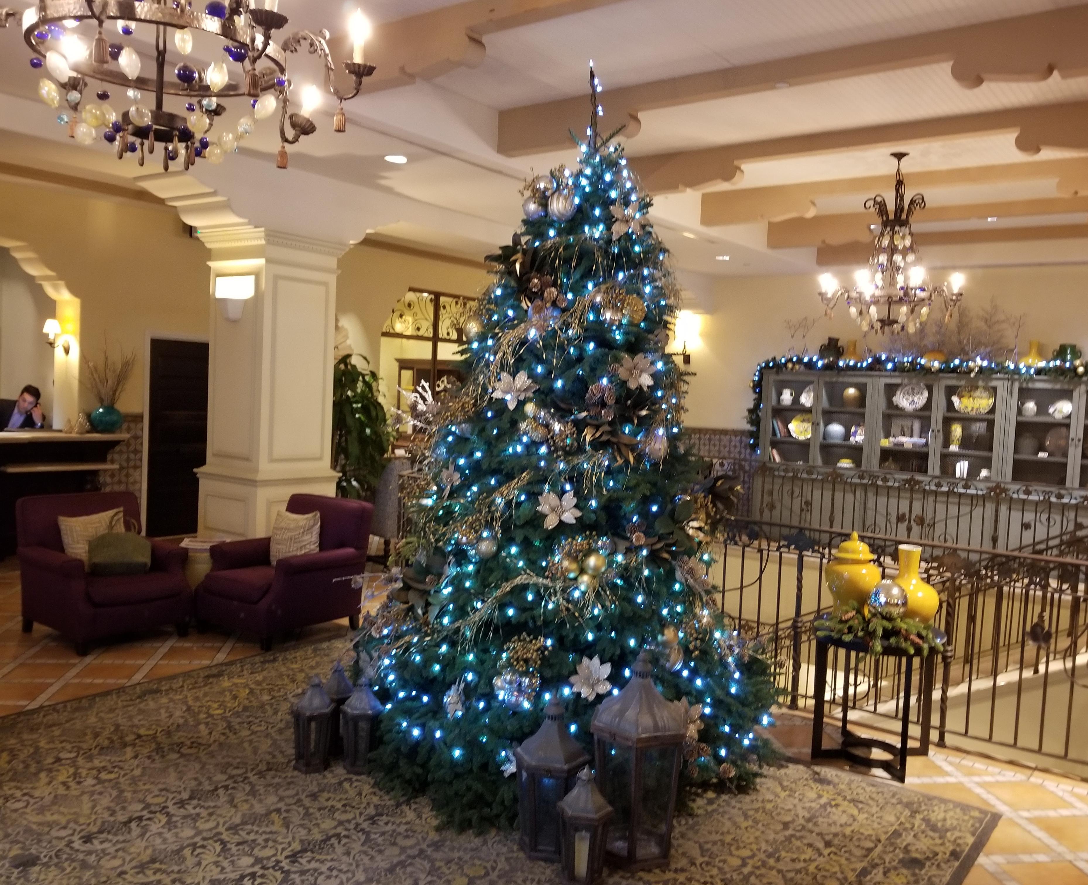 Canary lobby