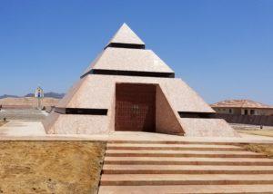 Pyramid-Center-of-the-World