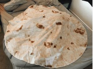 Tortilla-burrito-blanket