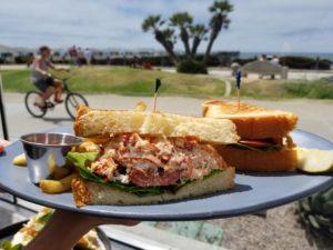 Brunch-in-Pacific-Beach-Lobster-BLT