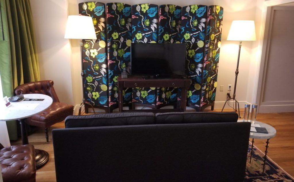 NoMad-Grande-Suite-living-room
