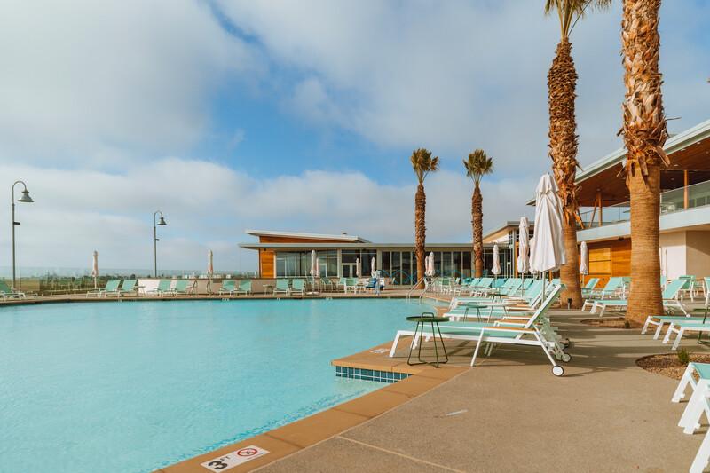 Sun-Outdoors-San-Diego-Bay-pool